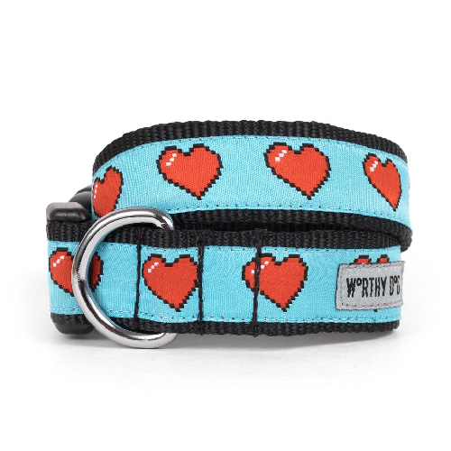 Collar-Graphic Hearts*