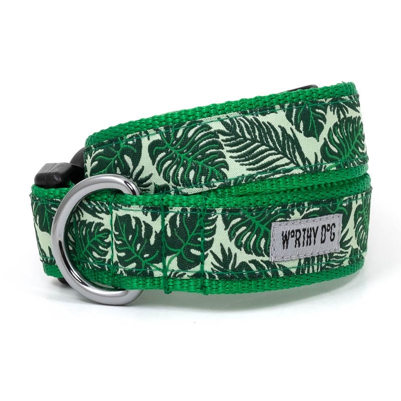 Collar-Tropical Leaves